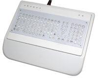 ABP Muskeldystrophiker-Tastatur mit Handballenauflage und Fingerführung